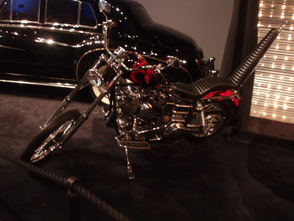 Gibson Auto Sales >> Scotty Moore - Elvis Presley's 1966 Harley-Davidson Chopper